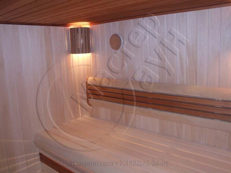 inskaya-sauna-s-izognutym-lezhakom-13