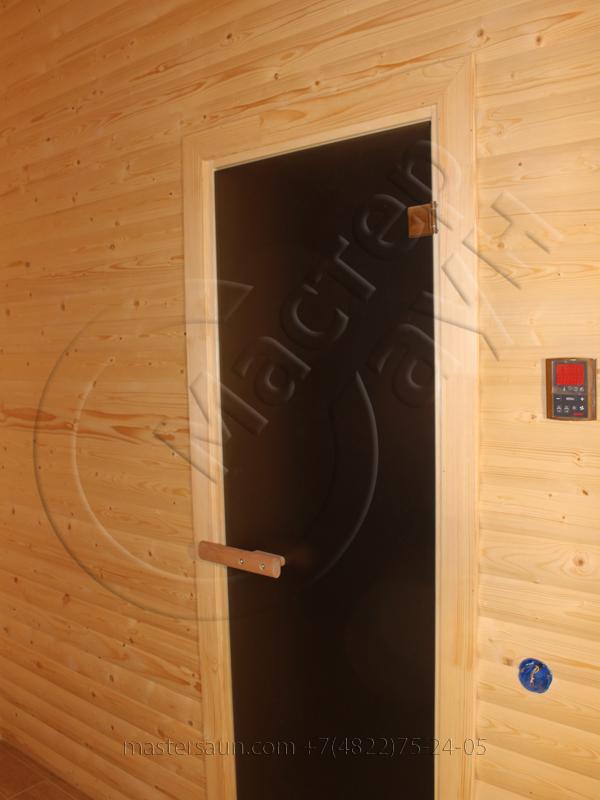 finskay-sauna-s-komnatoi-otdiha-is-blokhausa-13