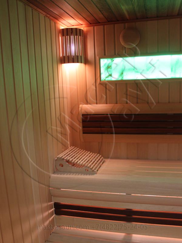 finskaja-sauna-s-gimalajskoj-rozovoj-solju-i-potolkom-iz-kedra-4