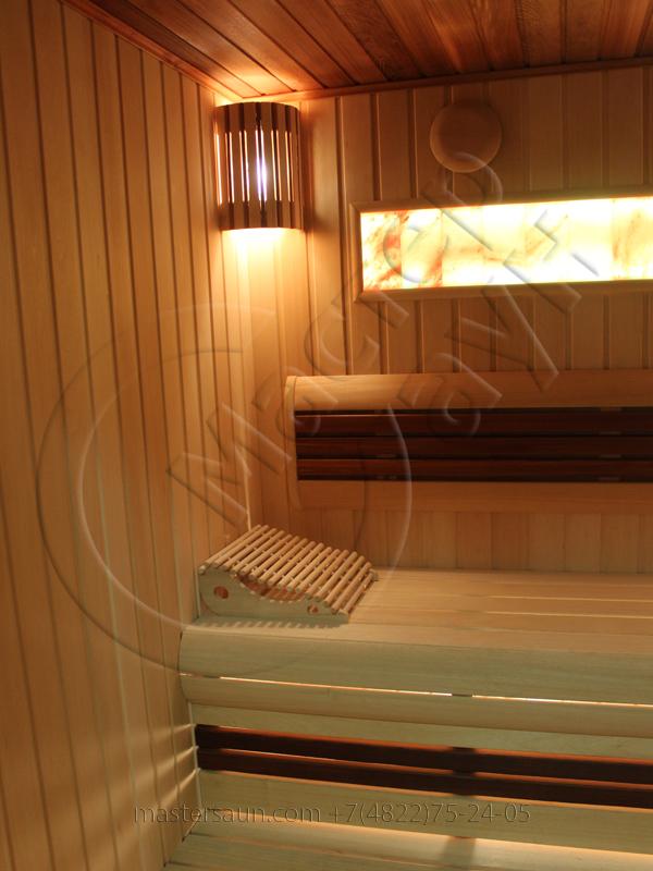 finskaja-sauna-s-gimalajskoj-rozovoj-solju-i-potolkom-iz-kedra-5