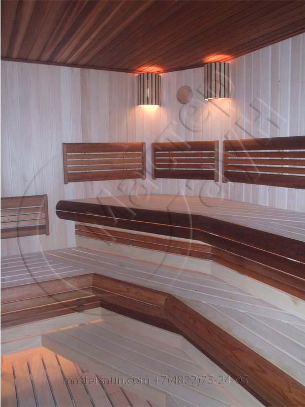 sauna-parilnya-s-trexurovnevnevymi-lavkami-03