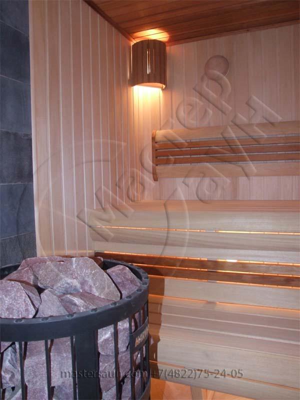 inskaya-sauna-s-izognutym-lezhakom-6