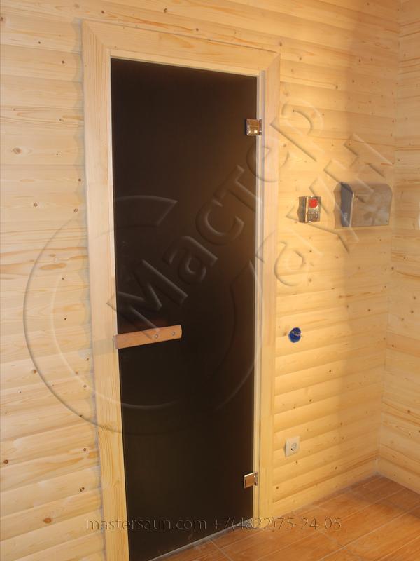 finskay-sauna-s-komnatoi-otdiha-is-blokhausa-10