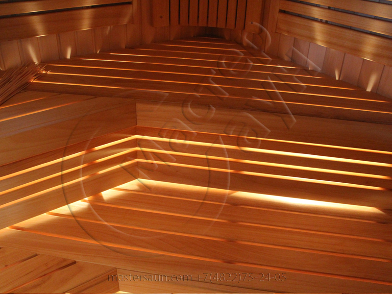 svetlaja-sauna-s-drovjanoj-pechkoj-11