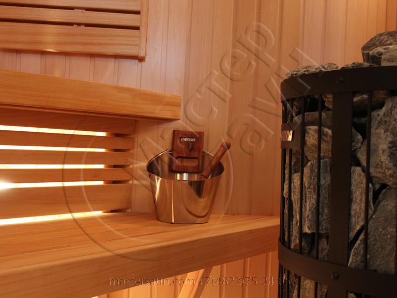 svetlaja-sauna-s-drovjanoj-pechkoj-13